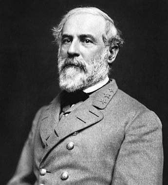 Photo of General Lee in uniform